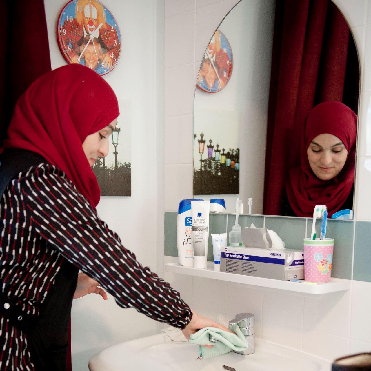 Khadija Boulila S&L Zorg, medewerkers, verstandelijke beperking, cliënten, menslievende zorg
