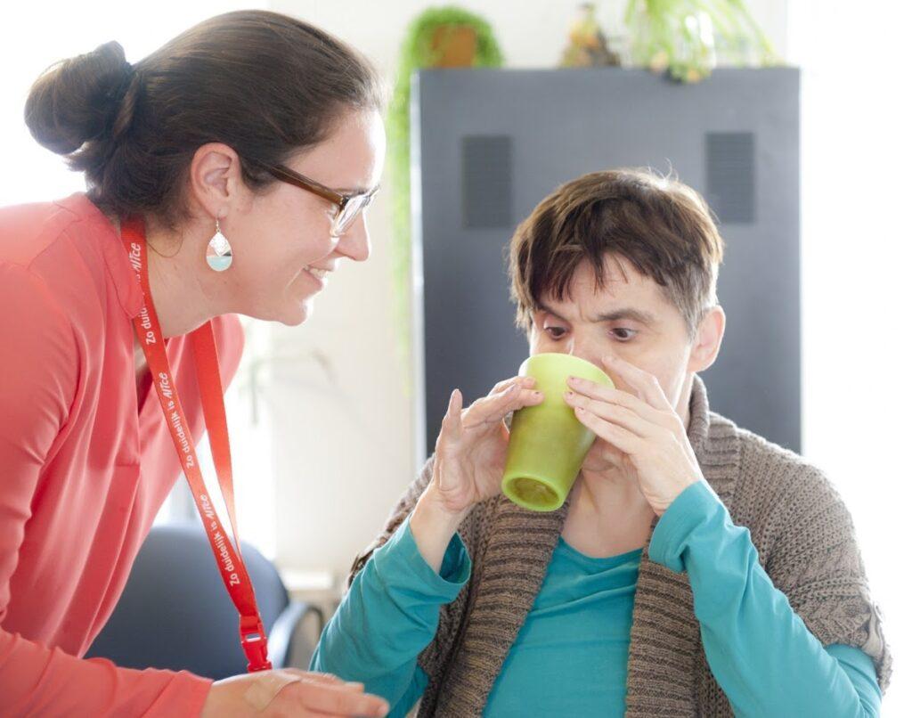 Vrijwilliger Kelly Aarts - Dagbesteding Senso Sterrebos - S&L Zorg